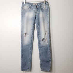 Bullhead Black | Distressed Super Skinny Jeans